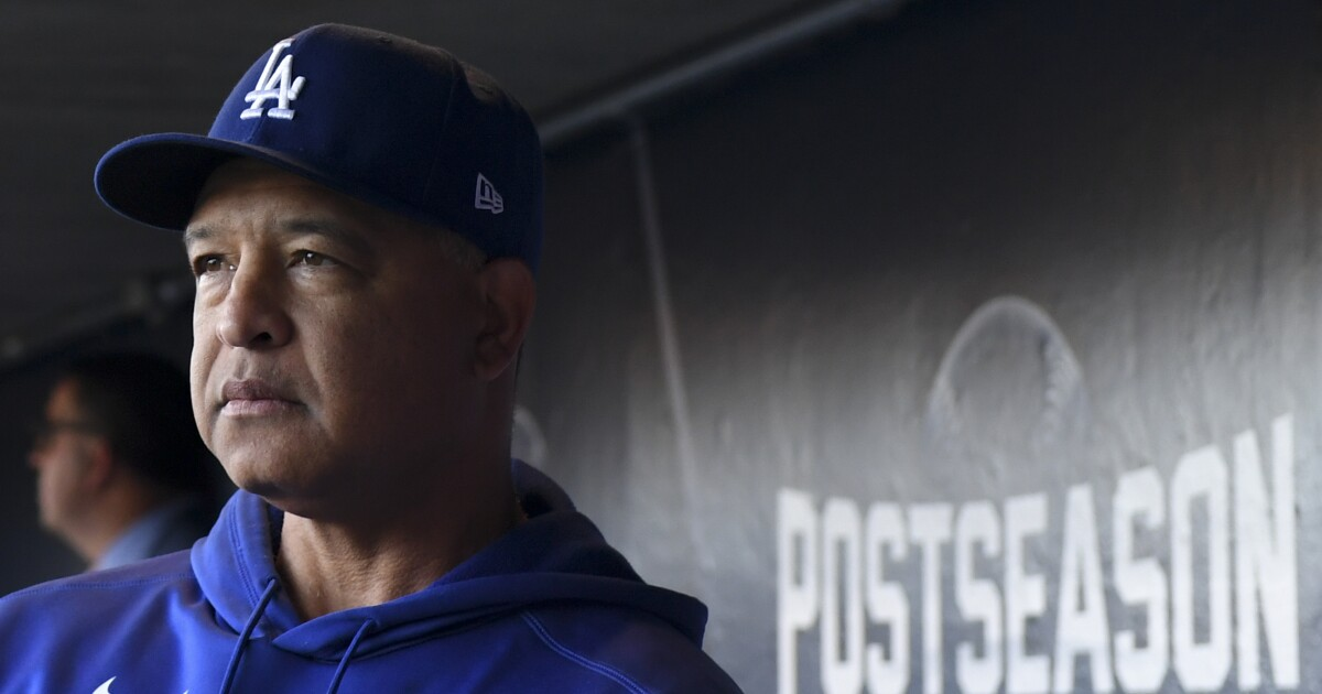 Dave Roberts 'expecting' to work on Dodgers contract extension - Los Angeles Times