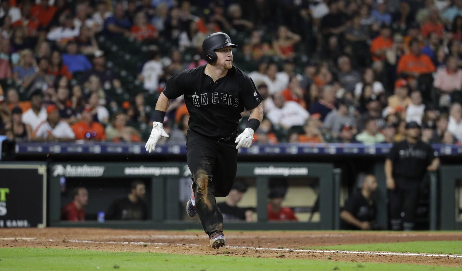 Angels fall short against Astros, losing fourth straight