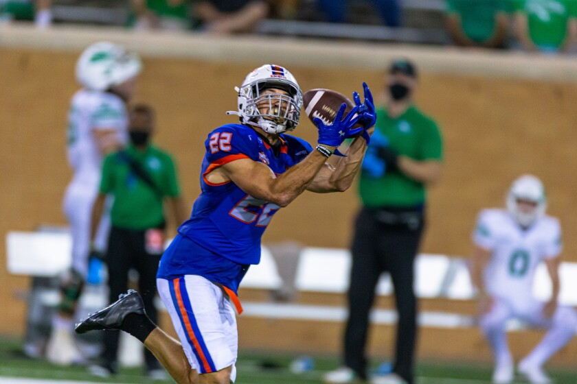 Houston Baptist eceiver Ben Ratzlaff, from Westview High, had six catches for 108 yards and a 71-yard TD vs. North Texas.