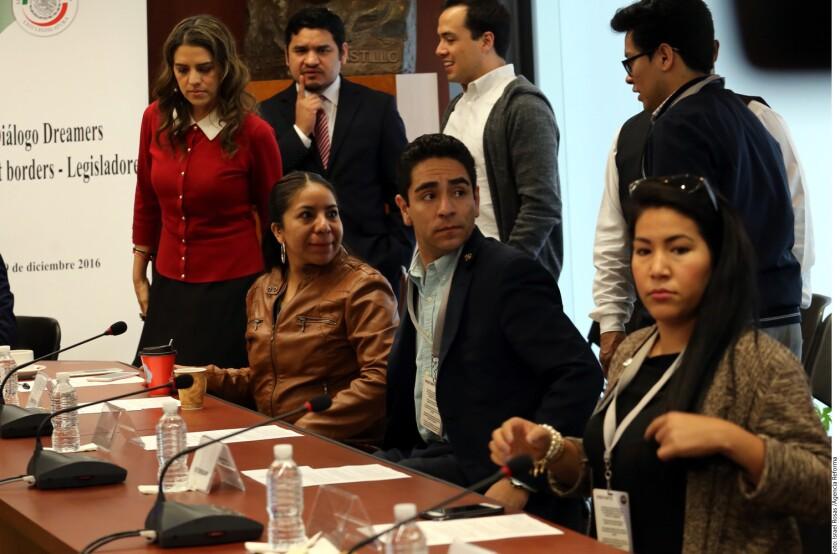 """""""No tienen nada que ofrecernos, ningún proyecto"""", les reprochó Eduardo Suárez, administrador en la Universidad de Columbia, por la falta de precisión de los legisladores sobre qué hacer con la amenaza de deportaciones de mexicanos."""