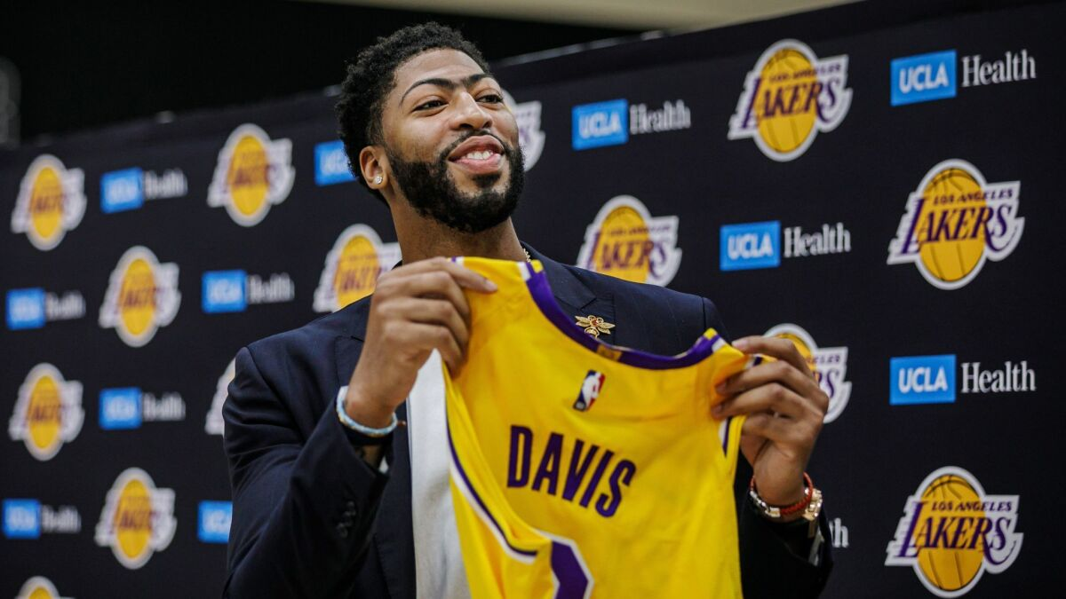 Anthony Davis and LeBron James present one new concern for Lakers