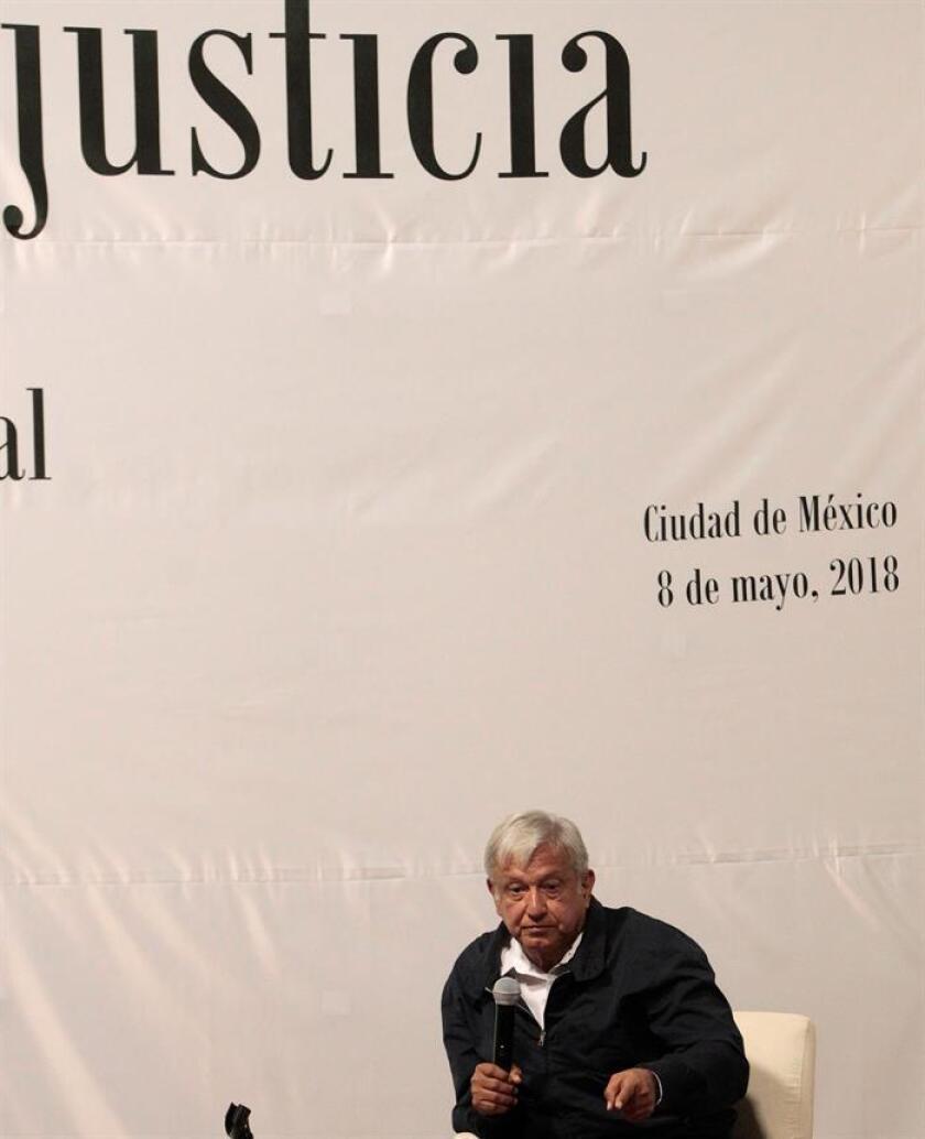 El próximo gobierno de México, que encabezará Andrés Manuel López Obrador a partir del 1 de diciembre, creará una fiscalía especial y un tribunal para la paz, dijo hoy la asesora de la futura Secretaría de Seguridad Pública, Loretta Ortiz. En la imagen el presidente electo de México, Andrés Manuel López Obrador. EFE/ARCHIVO