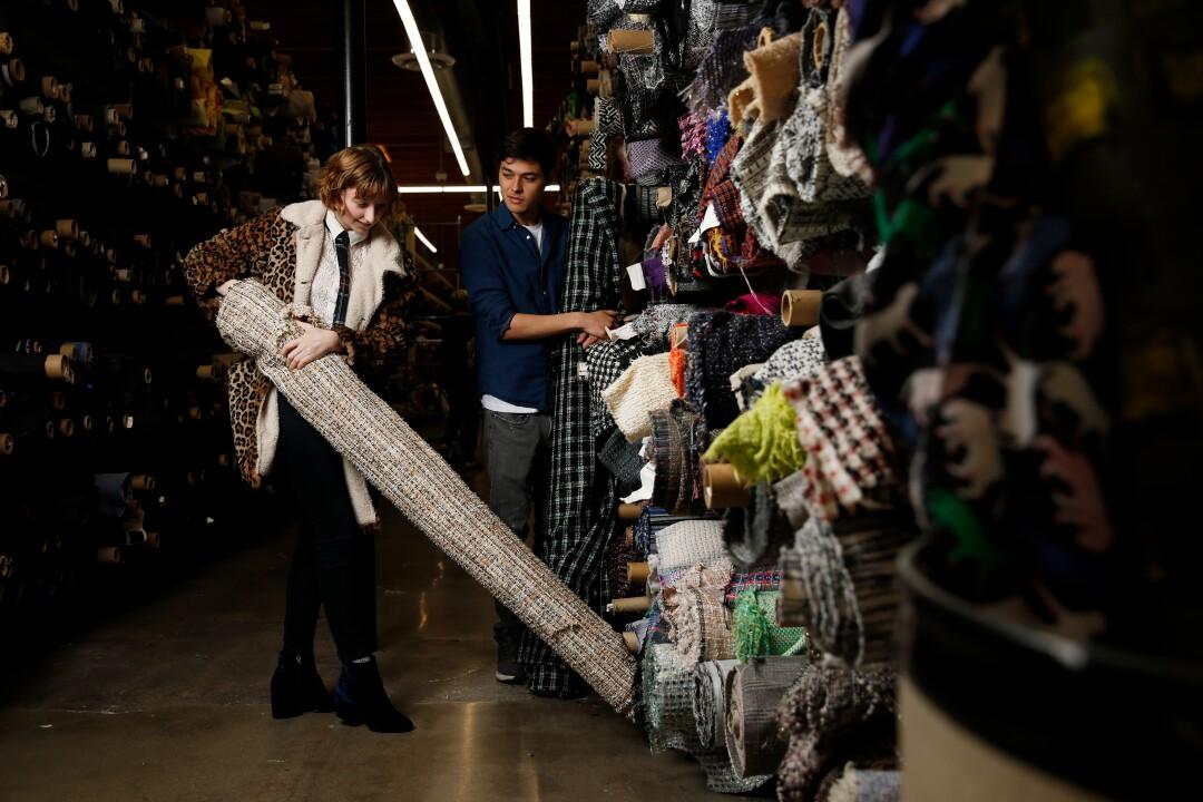 484676_la-sd-fi-apparel-fabric-stores_242.jpg