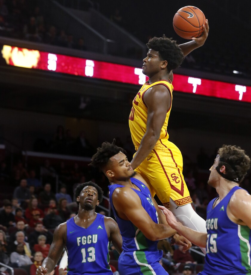 USC guard Ethan Anderson goes hard to the basket against FGCU in the second half Sunday on Dec. 29, 2019 at Galen Center.