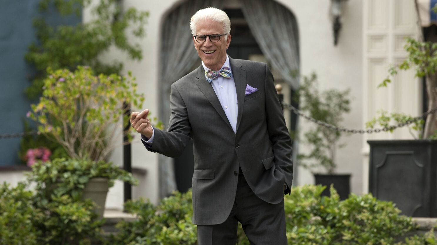 """The Good Place,"" ""Russian Doll,"" other edgy comedies score in 2019 Emmy nominations - Los Angeles Times"