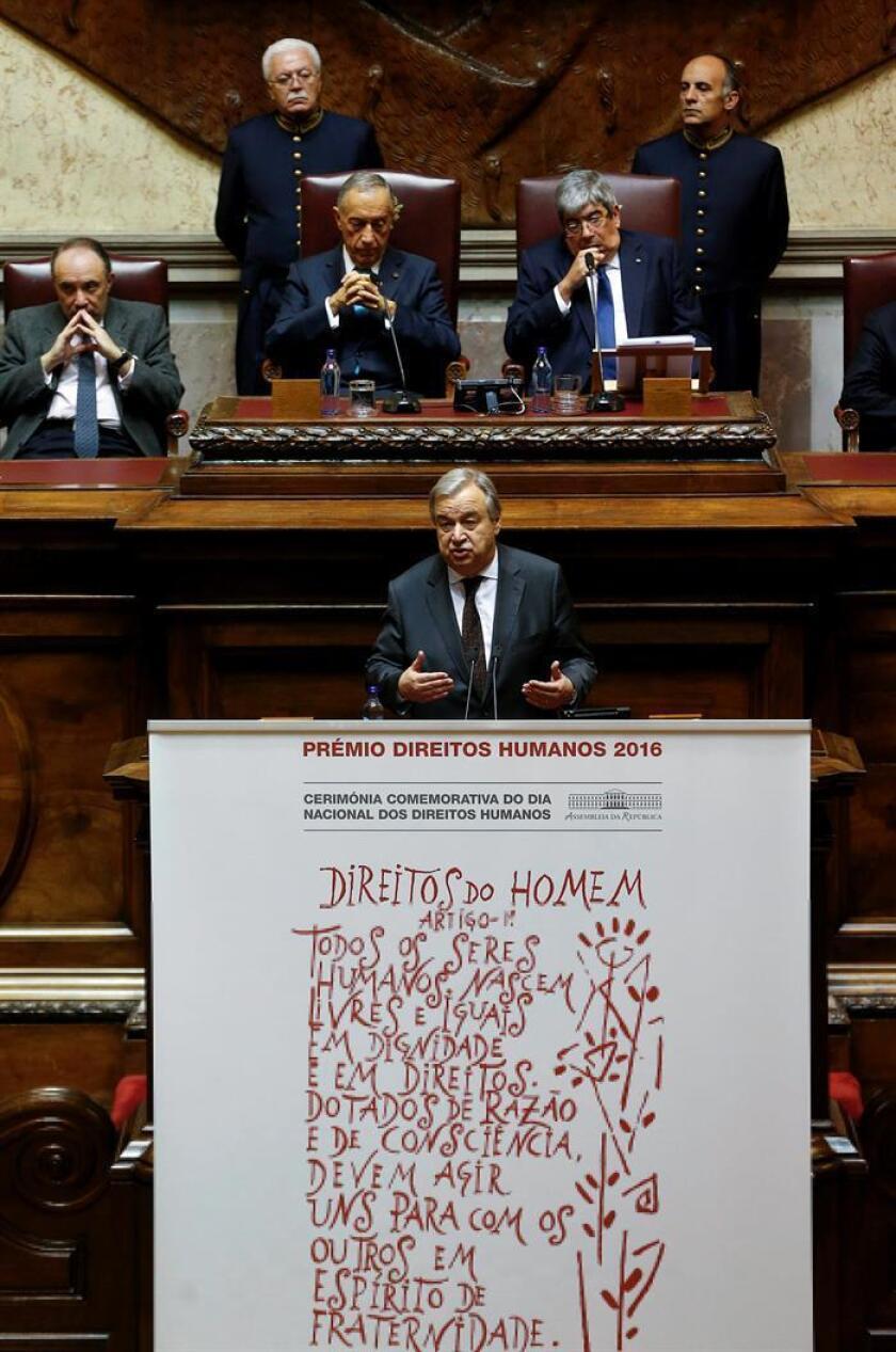 El secretario general de la ONU, Antonio Guterres (c), ofrece un discurso. EFE/Archivo