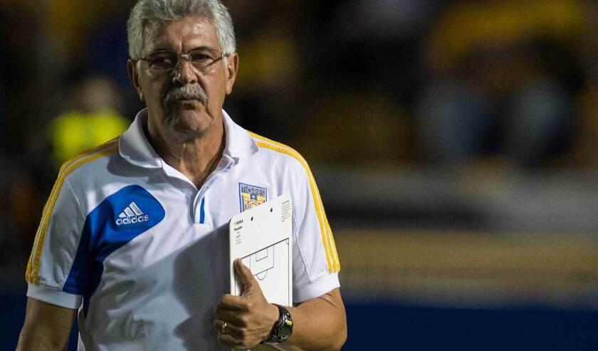 Ricardo Ferretti, entrenador de los Tigres UANL.
