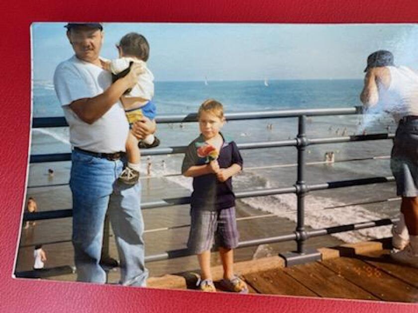Carlos Ernesto Escobar Mejia with his nephews