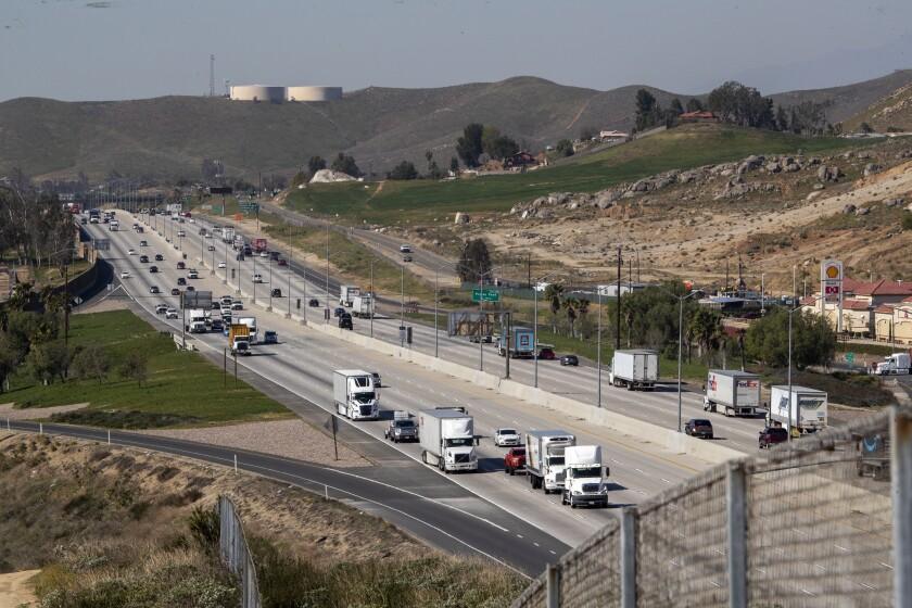 Traffic flows on the 60 Freeway in Jarupa Valley.