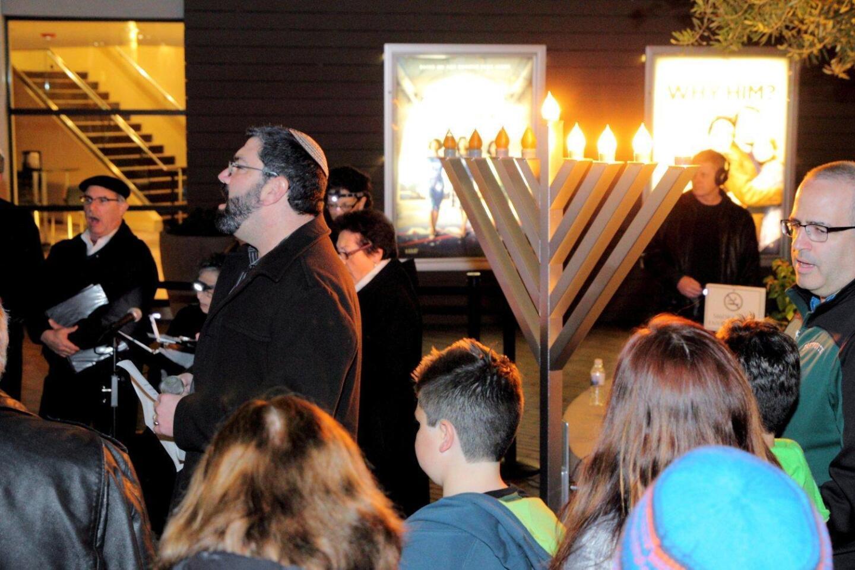 Rabbi David Kornberg leads the Hanukkah menorah lighting