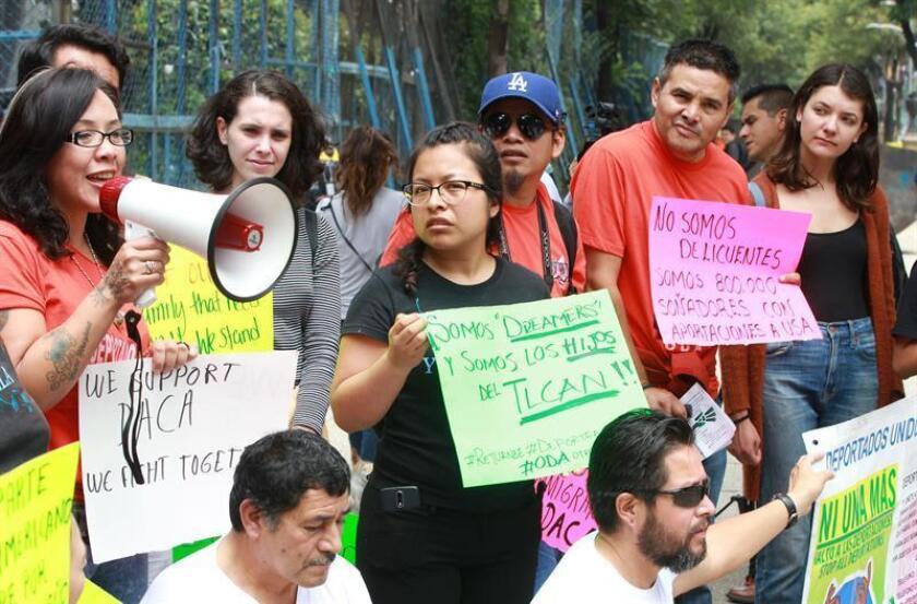El Noveno Circuito de Apelaciones respaldo el fallo de un juez que obliga al Gobierno a notificar las razones y las pruebas por las que arresta a adolescentes no acompañados, informó hoy la Unión Americana de Libertades Civiles (ACLU). EFE/ARCHIVO