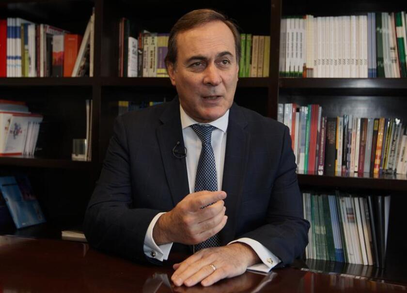 El presidente del Consejo Coordinador Empresarial (CCE), Juan Pablo Castañón, habla durante una entrevista con Efe este 21 de noviembre de 2018, en Ciudad de México (México). EFE