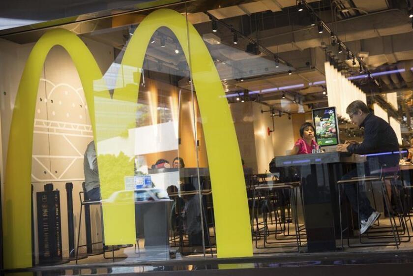 La multinacional McDonald's obtuvo un beneficio neto de 4.509 millones de dólares en los primeros nueve meses del año, sin apenas variación respecto al mismo periodo del ejercicio previo. EFE/Archivo