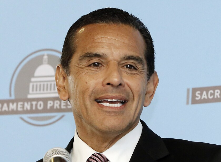 Former Los Angeles Mayor Antonio Villaraigosa speaks before the Sacramento Press Club in April 2013. On Aug. 17, Villaraigosa hosted a reception at his Hollywood Hills home to raise money for Hillary Rodham Clinton -- one of the latests signs of an intent to run for California governor.