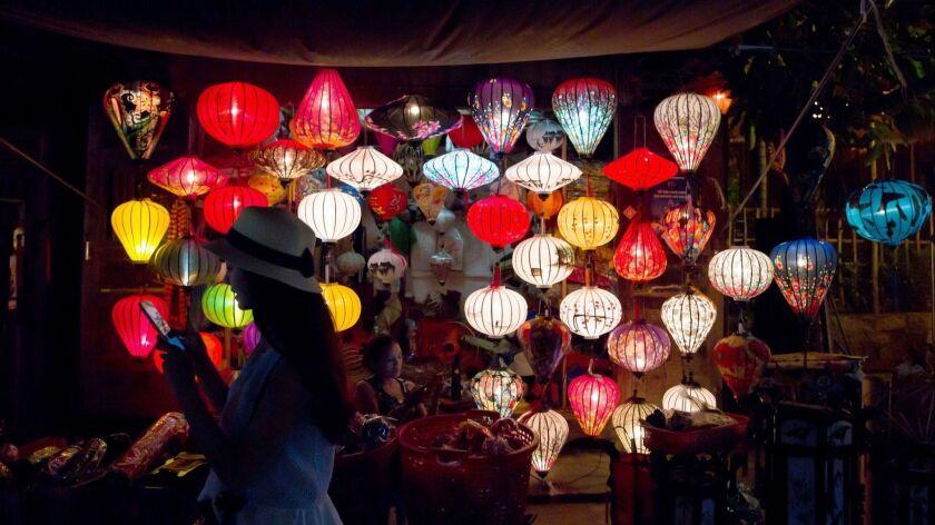 VIETNAM-LIFESTYLE-SOCIETY-TOURISM