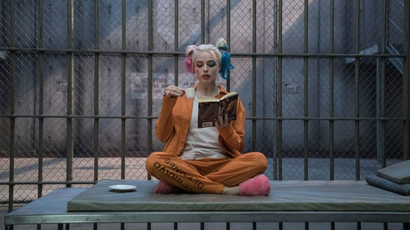 """(L-r) MARGOT ROBBIE as Harley Quinn in Warner Bros. Pictures' action adventure """"SUICIDE SQUAD,"""" a Wa"""