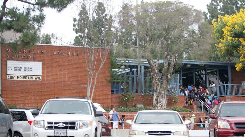 Mountain Ave. School students arrive for class at the La Cañada Flintridge elementary on Wedn
