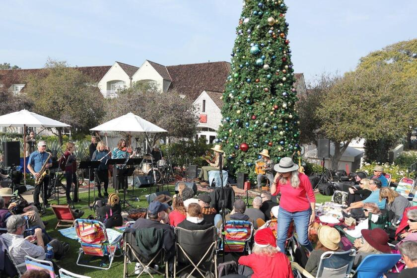 Christmas Eve concert at L'Auberge amphitheater in Del Mar featuring Peter Sprague