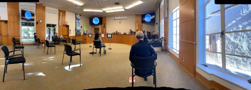 Laguna council meeting.jpg