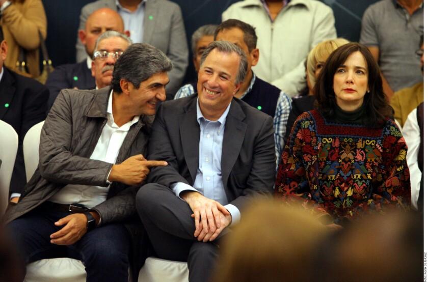 José Antonio Meade, precandidato presidencial del PRI, se pronunció ayer por dar continuidad al Seguro Popular.