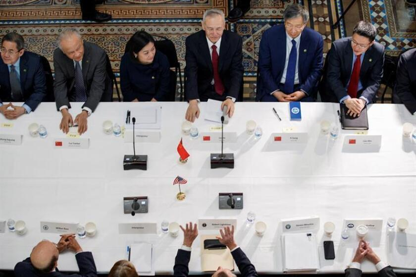 US Trade Representative Robert Lighthizer, US Treasury Secretary Steven Mnuchin (not pictured) and Chinese Vice Premier Liu He (c) meet at the Eisenhower Building on Feb. 21, 2019. in Washington, United States. EPA-EFE / Shawn Thew