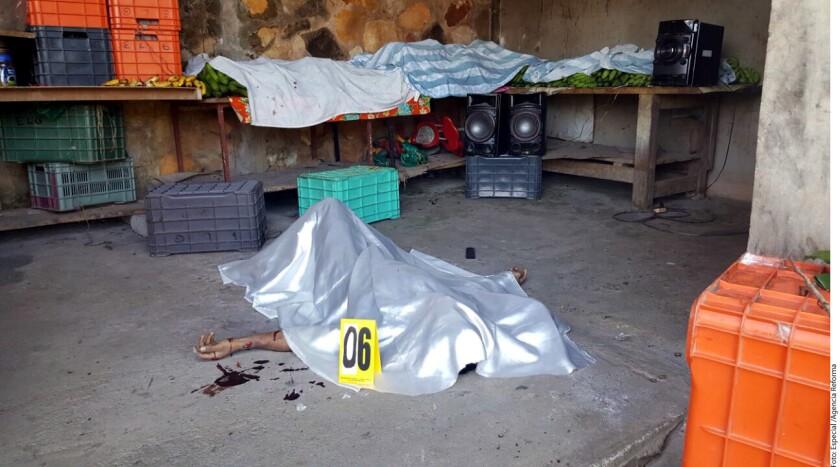 Durante los festejos navideños, 15 personas fueron asesinadas en Guerrero, entre ellas a siete integrantes de una familia de las cuáles tres eran agentes policiacos.