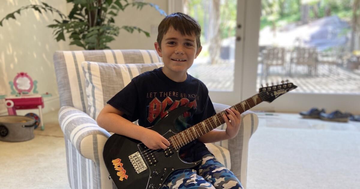 austin guitar 1.'