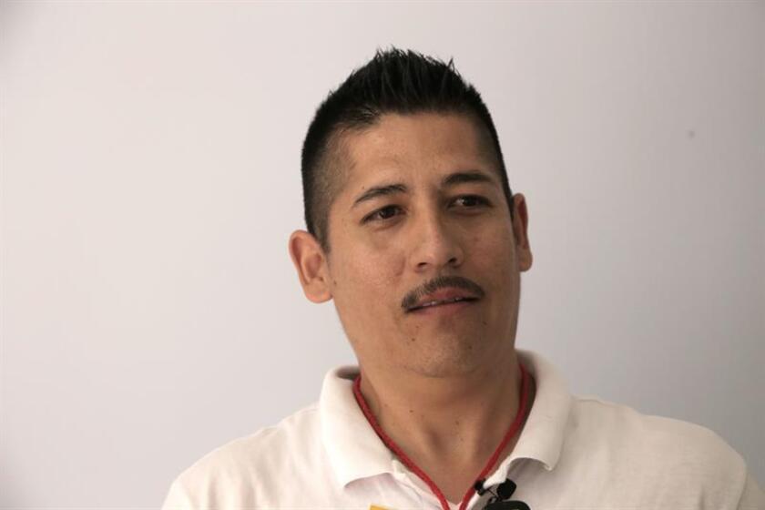 La víctima de tortura y encarcelado durante cuatro años en México, Rogelio Amaya, habla durante una entrevista con Efe hoy, miércoles 8 de agosto de 2018, en la fronteriza Ciudad Juárez (México). EFE