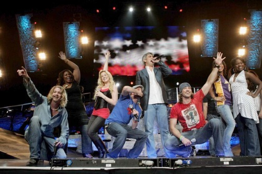 """I'VE GOT CHILLS, THEY'RE MULTIPLYIN': """"American Idol"""" alum Taylor Hicks is joining the cast of """"Grease."""" Here, he takes center stage during the """"American Idol""""'s 2006 tour."""