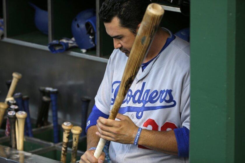 Tras un desastroso mes de junio, el primera base de los Dodgers dio un paso atrás para reponerse mentalmente.