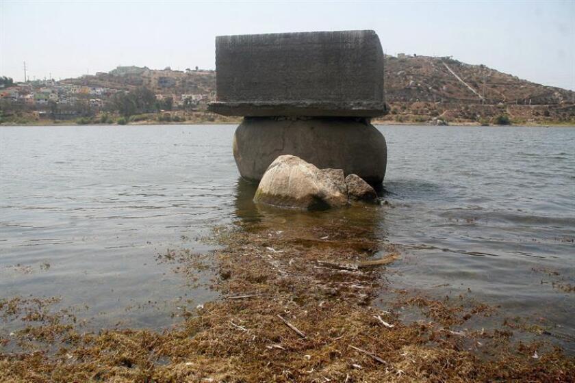 Vista general de una de las represas en el Valle de Ensenada (México), cuyas aguas han sido azotadas por una fuerte sequía. EFE/Archivo