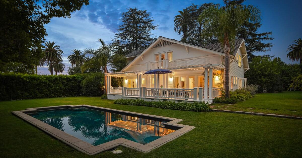 'Charlie's Angels' star Shelley Hack sells Santa Monica home for $11.4 million