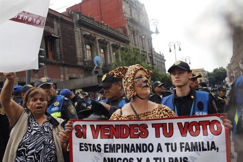 El próximo debate presidencial mexicano, el segundo de los tres previstos, se celebrará el 20 de mayo en la norteña ciudad de Tijuana y será el primero de la historia con presencia de público, acordó hoy el Instituto Nacional Electoral (INE). EFE/ARCHIVO