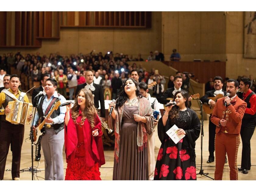 Miles esperan celebrar las mañanitas a la Guadalupana; los cantantes lo harán con su voz