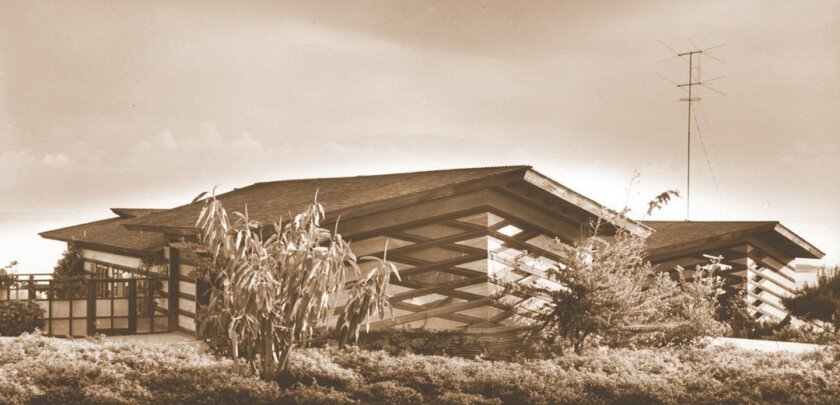 Vintage photo of the La Motte Cohu Residence on Camino de la Costa in La Jolla, designed by Frank Lloyd Wright apprentice Sim Bruce Richards (1948). The house still stands, but has since been heavily altered. Architectural history enthusiast Keith York says of all Wright's San Diego-based apprentic