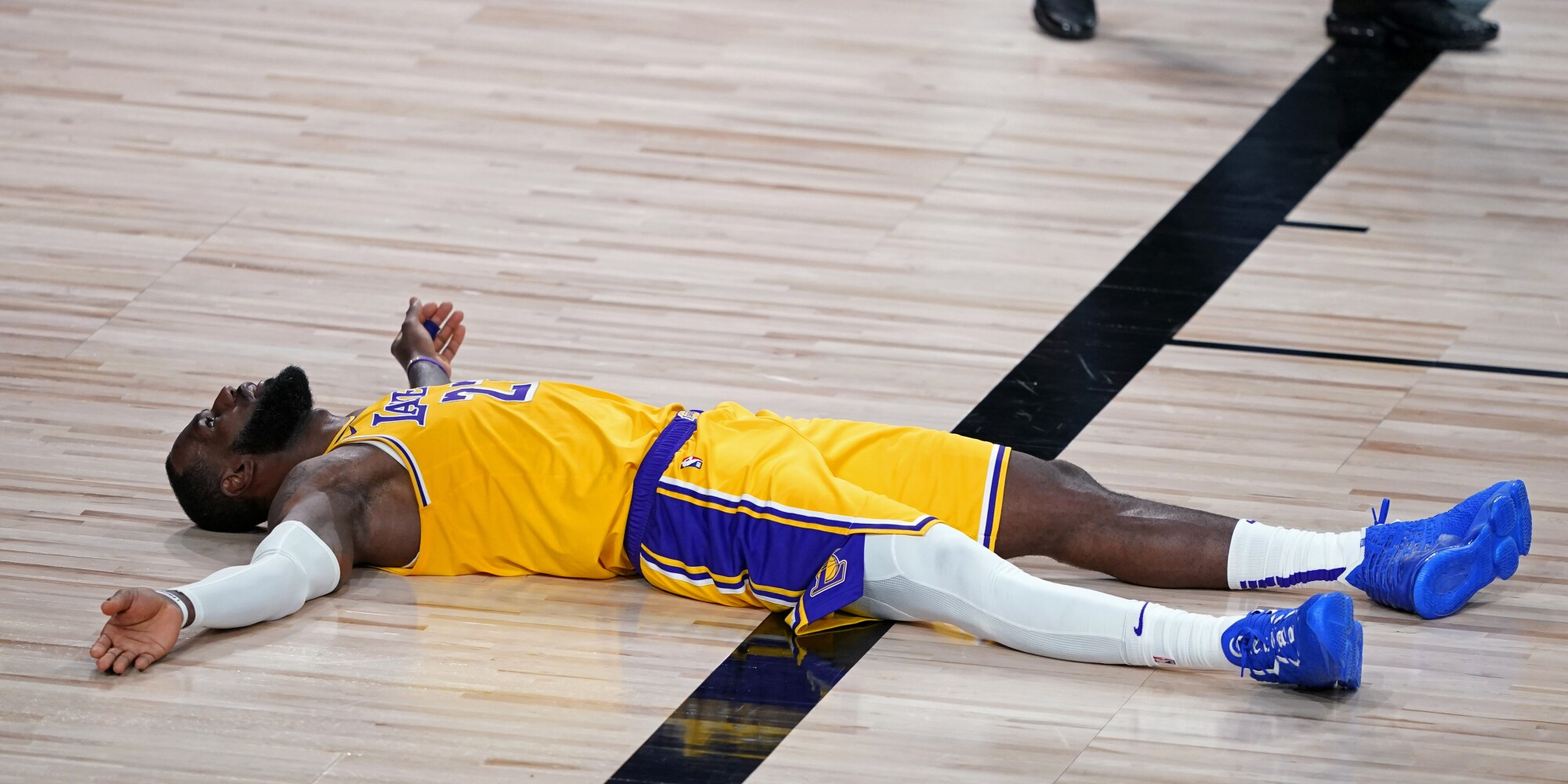 Lakers Lose To Portland Trail Blazers In Playoff Opener 100 93 Los Angeles Times