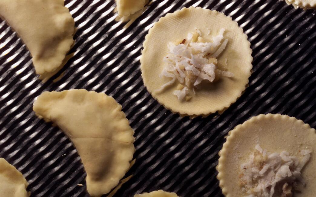 Flaky walnut coconut dumplings