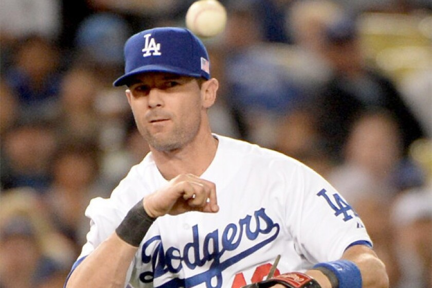 Michael Young deciding between retiring and returning to Dodgers