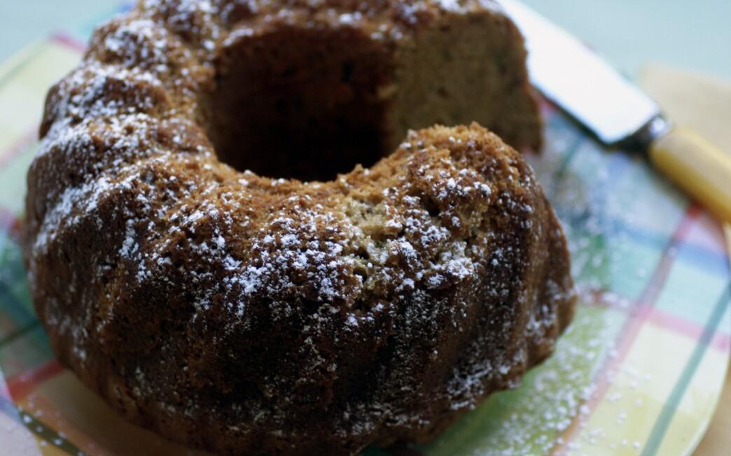 Zucchini tea bread with cinnamon and nutmeg