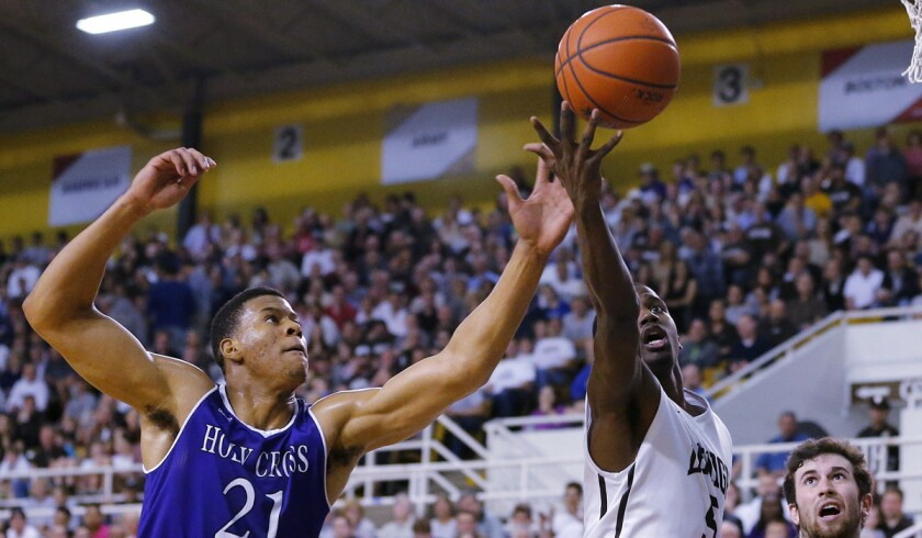 College basketball: Holy Cross (14-19) wins NCAA berth