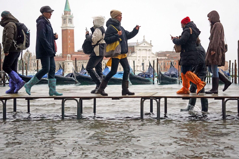 Venecia se inunda por la marea alta