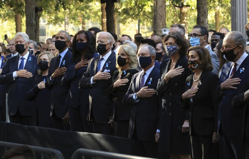 Bill Clinton, lHillary Clinton, e Barack Obama, laMichelle Obama,  Joe Bien,  Jill Biden Michael Bloomberg