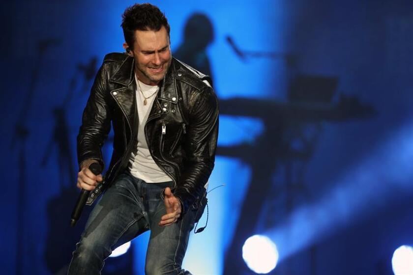 El vocalista de la banda estadounidense Maroon 5, Adam Levine, actúa en el Palco Mundo durante el segundo día del Rock in Rio, el sábado 16 de septiembre de 2017, en el Parque Olímpico de la ciudad de Río de Janeiro (Brasil). EFE/Archivo