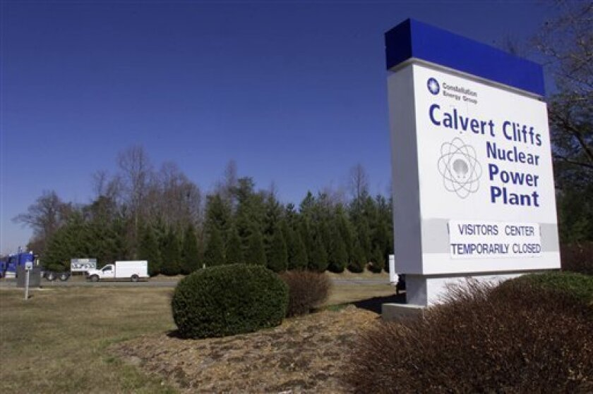 In this Feb. 28, 2002 file photo, The Calvert Cliffs Nuclear Power Plant in Lusby, Md. is shown. Constellation Energy on Wednesday, Dec. 17, 2008 said it will sell half of its nuclear power business to French state-controlled nuclear power company EDF for $4.5 billion, scuttling a $4.7 billion offer from a unit of Warren Buffett's Berkshire Hathaway for all of the company. (AP Photo/ Matt Houston, file)