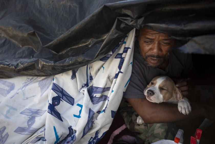 475607_ME_la-me-curwen-homeless_57.FO.jpg