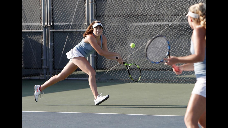 Photo Gallery: Corona del Mar vs. University in girls' tennis
