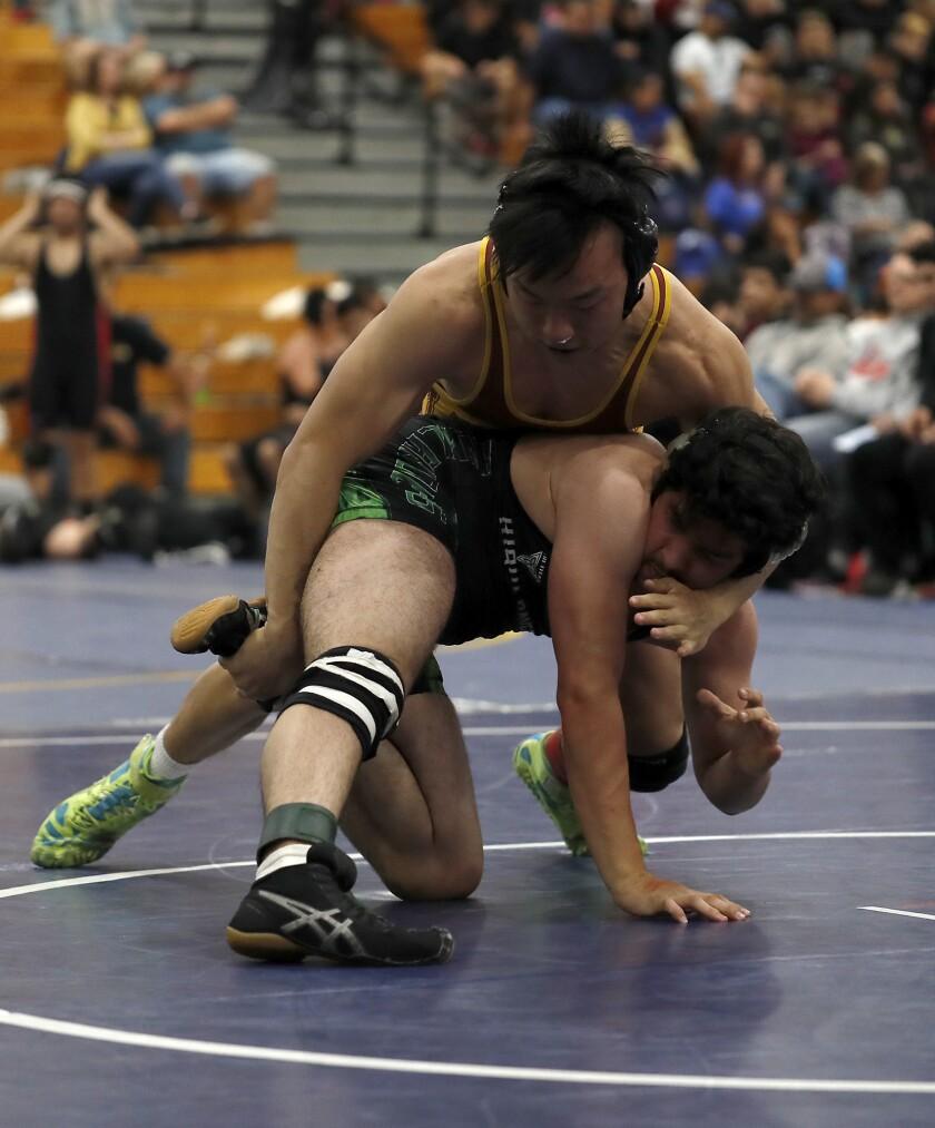 tn-vsl-sp-la-canada-wrestling-dual-meet-championship-20200201-2.jpg
