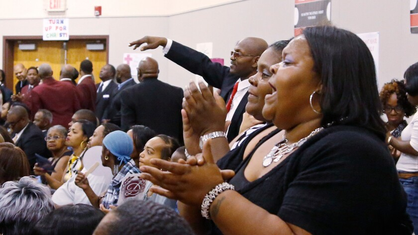 Ayeahel Ores sings during the funeral service for Terence Crutcher in Tulsa, Okla., on Saturday.