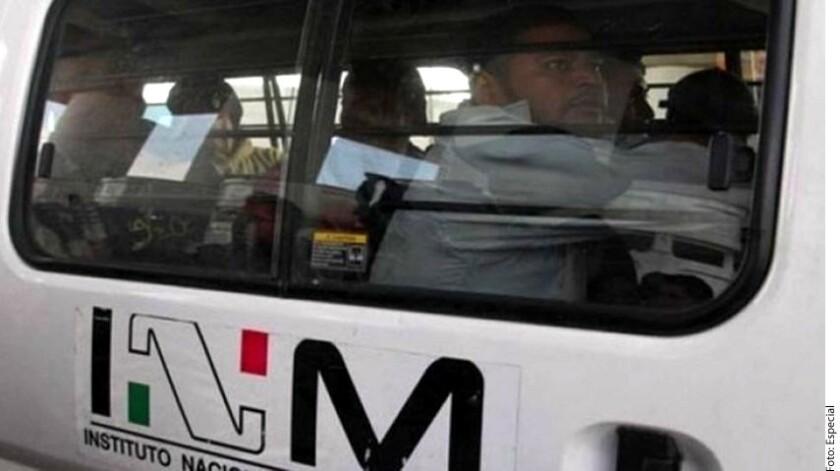 En un operativo policiaco en Orizaba, Veracruz, fueron detectados 30 migrantes centroamericanos que recorrían la ciudad dentro de un autobús de transportes.