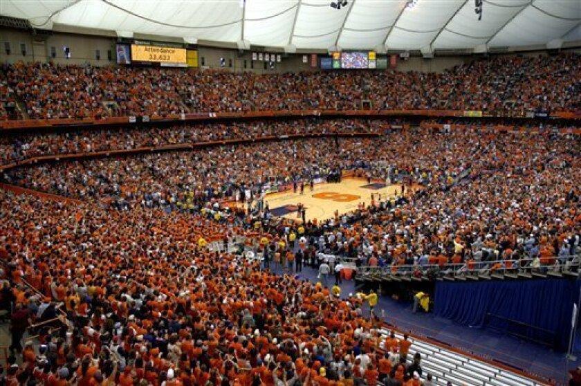 Syracuse Villanova Attract Record Crowd The San Diego